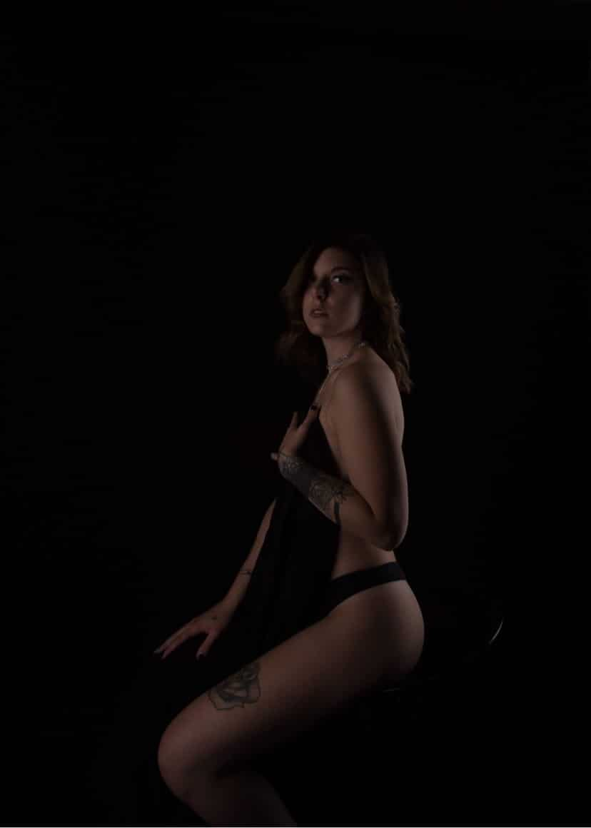 Beautiful tattooed young quebec model Carolanne Bergeron @carolanne.bergeron only wearing black panties boudoir session